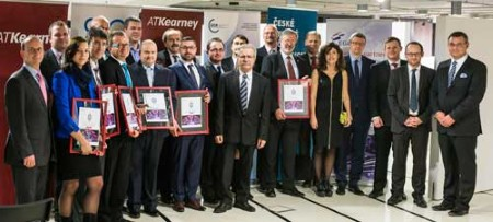 """Bildtext=Picture from the ceremony, where the Chomutov product unit received the award 'Best Innovator of the year' in the Czech Republic"